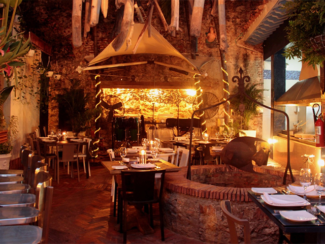 car-restaurante-juan-del-mar.jpg